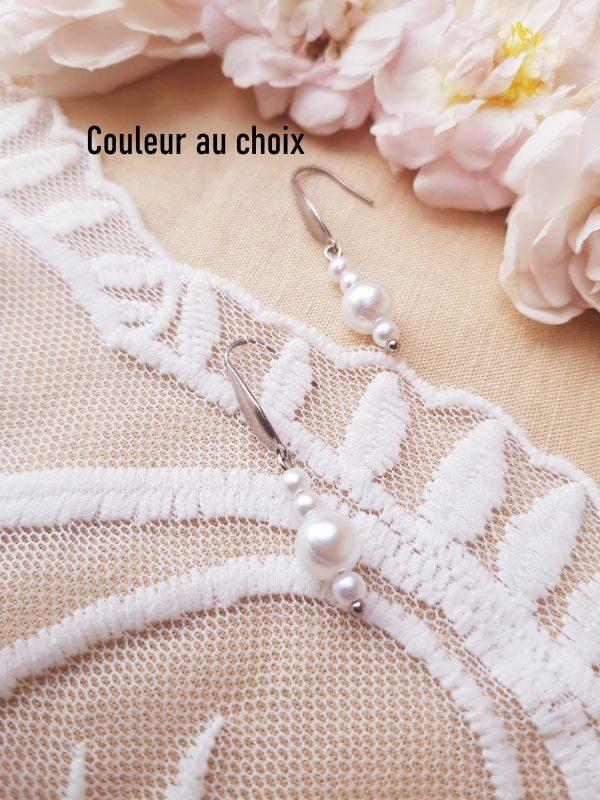 Boucles d'oreilles inox personnalisables fait main - Perles blanches et crochets argentés. Calino crea