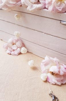 Bracelet inox mariage fait main - Perles roses blanches. Calino Crea