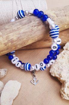Bracelet d'allaitement fait main personnalisable, perles bleues et blanches et ancre marine. Calino Crea