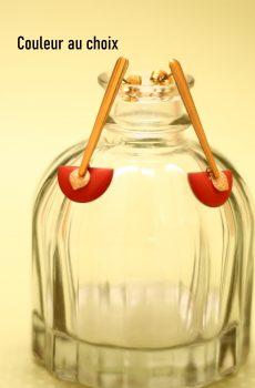 Boucles d'oreilles inox personnalisable fait main - Barre et sequin dorés et demi-cercle corail. Calino Crea