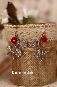 Boucles d'oreilles inox personnalisables fait main - fleurs et sequin émaillé rouge. Calino Crea