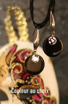 Boucles d'oreilles inox personnalisables fait main - long crochet argenté et sequin émaillé noir. Calino Crea