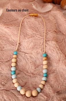 Collier d'allaitement et de portage personnalisable fait main - perles en bois naturel et bleu. Calino Crea